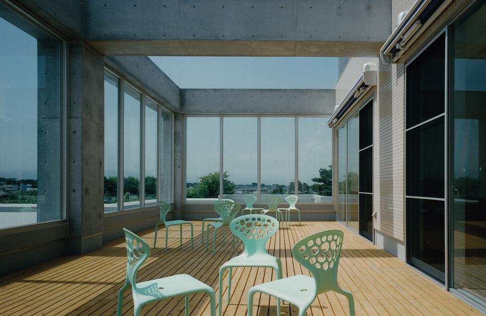 decor thermopin immeuble béton moderne