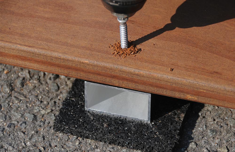 vissage sur lambourde aluminium cobra razorspin alu